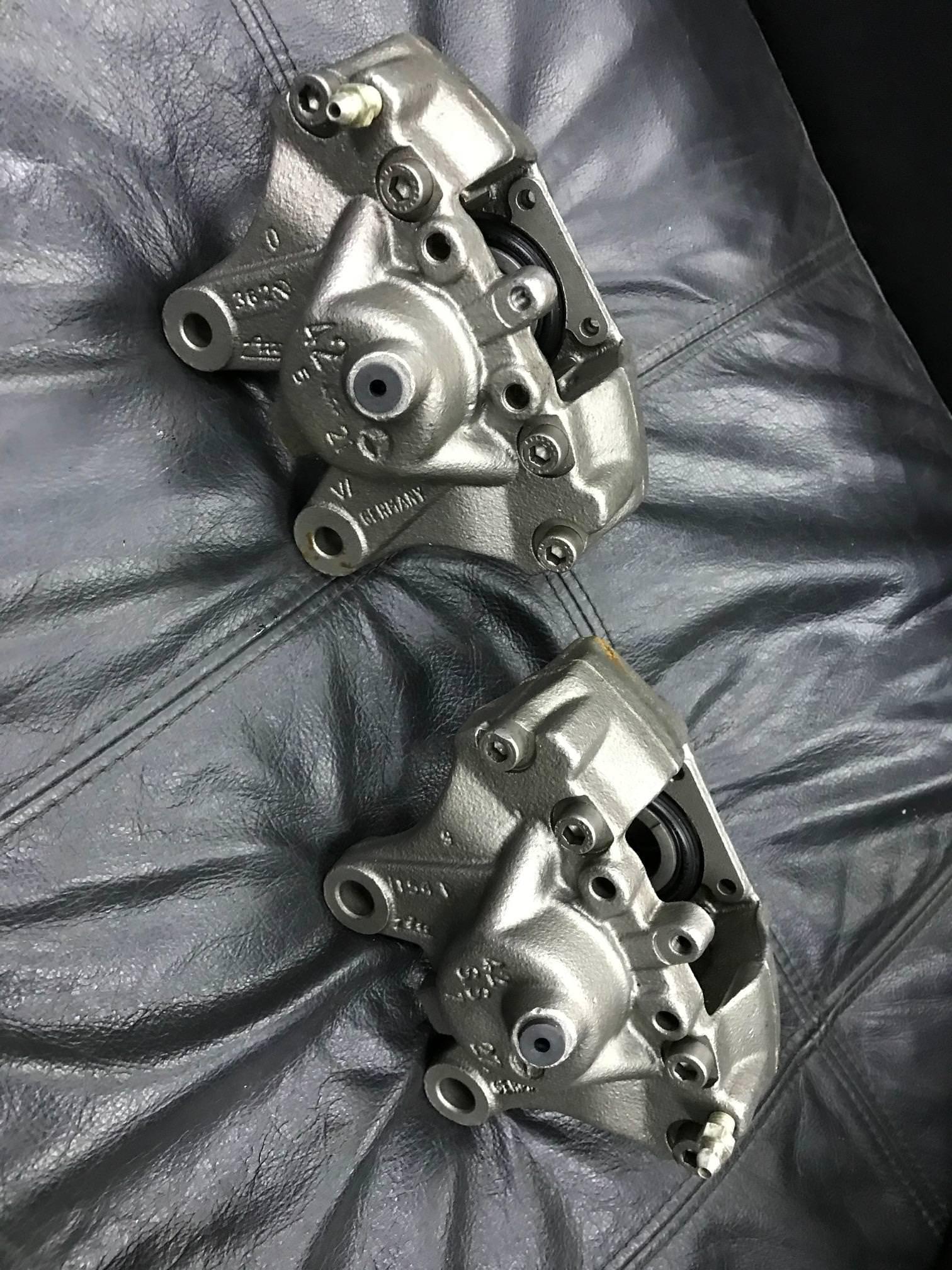WTB: Rear R129 Silver Arrow Brake calipers